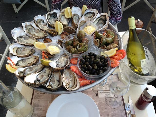 Maridaje del pescado. Ostras y champán