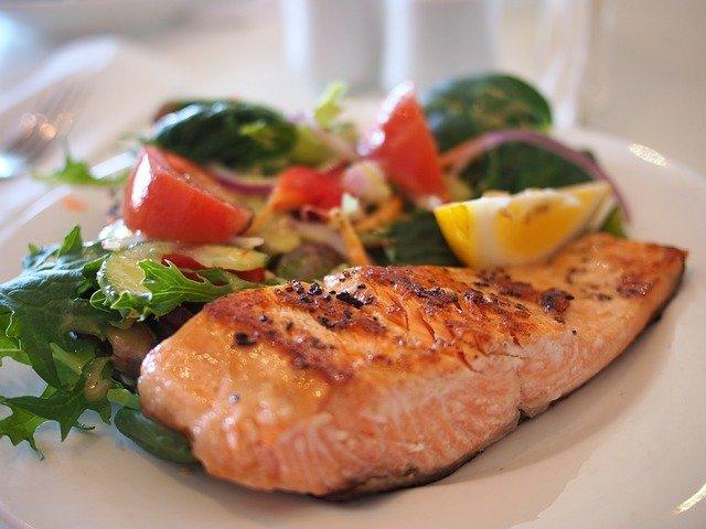 Maridaje para el pescado de sabor potente