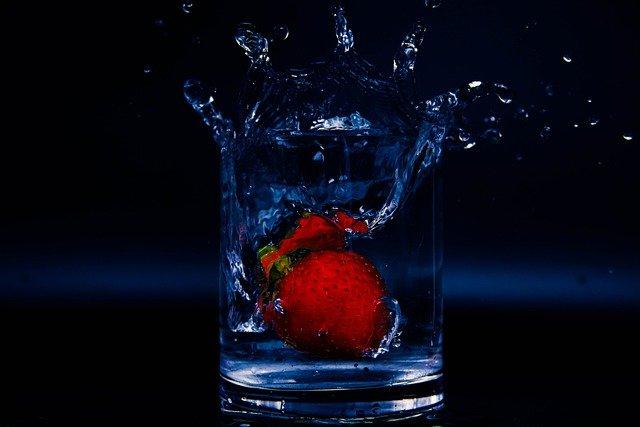 Maridaje de agua sin gas